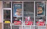 Egér a Big Mac-zsemlék között - MON.hu